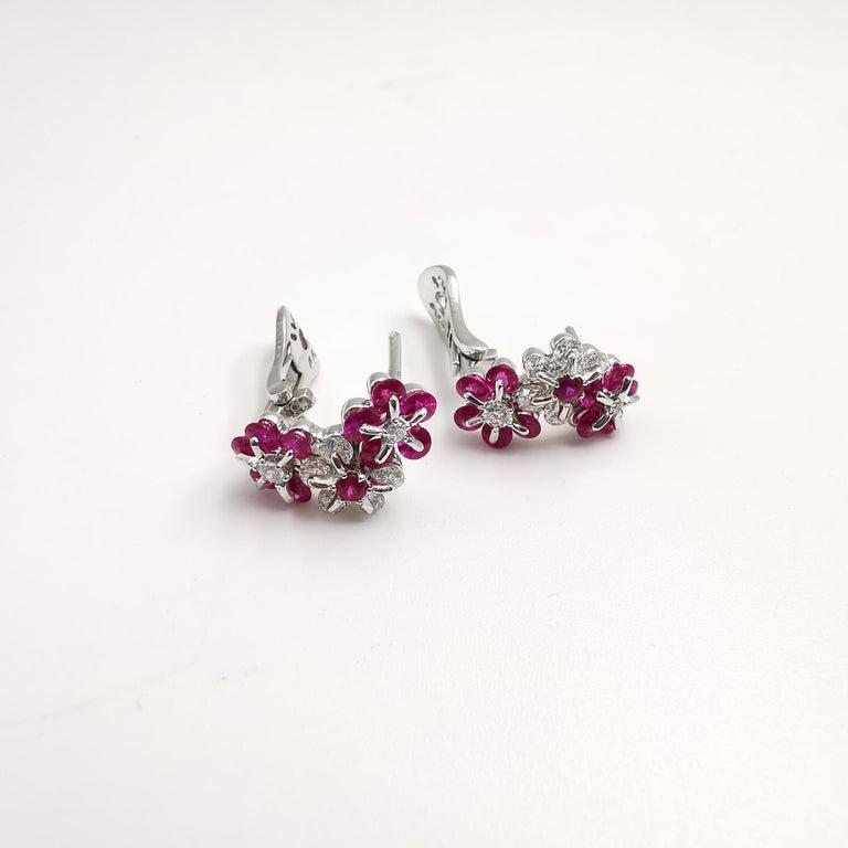 Contemporary Moiseikin 18 Karat White Gold Diamond Ruby Earrings For Sale