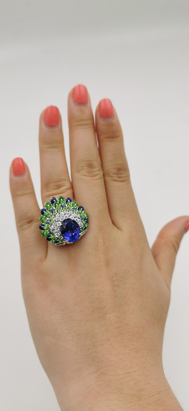 Moiseikin 18 Karat White Gold Tanzanite Demantoid Sapphire Peacock Cocktail Ring In New Condition For Sale In Hong Kong, HK