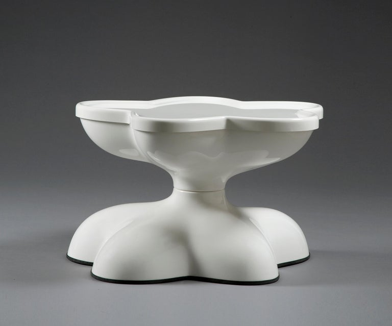 Made to order white molar swivel coffee table in white gel-coated, fiberglass-reinforced plastic. Designed by Wendell Castle, Rochester, New York, 1969.  Please inquire for exact measurements.