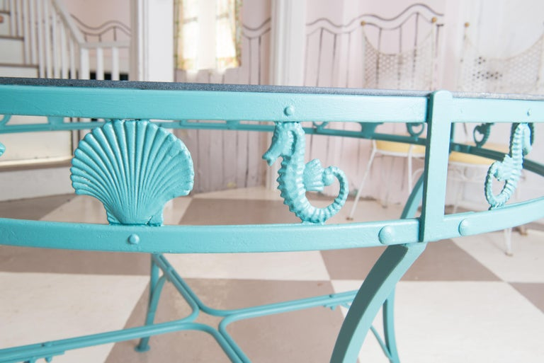 Molla Metal Seahorse & Clam Shell Garden Dining Table In Good Condition For Sale In Stamford, CT