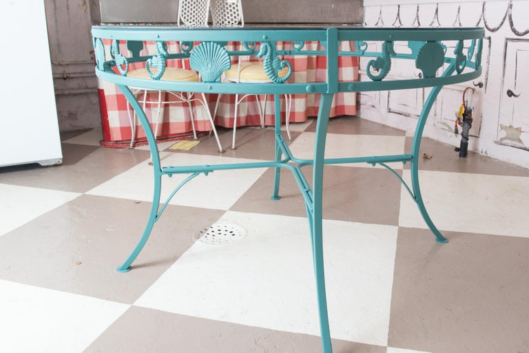 Molla Metal Seahorse & Clam Shell Garden Dining Table For Sale 1