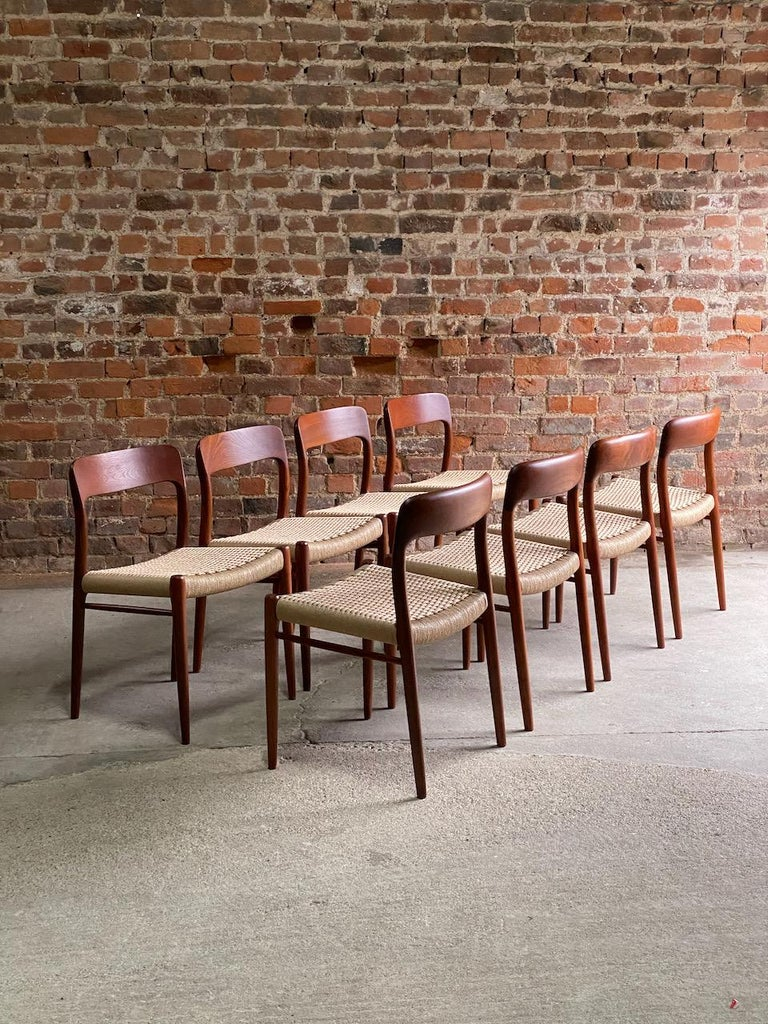 Moller Model 75 Dining Chairs Set of Eight in Teak and Paper Cord, 1970 5