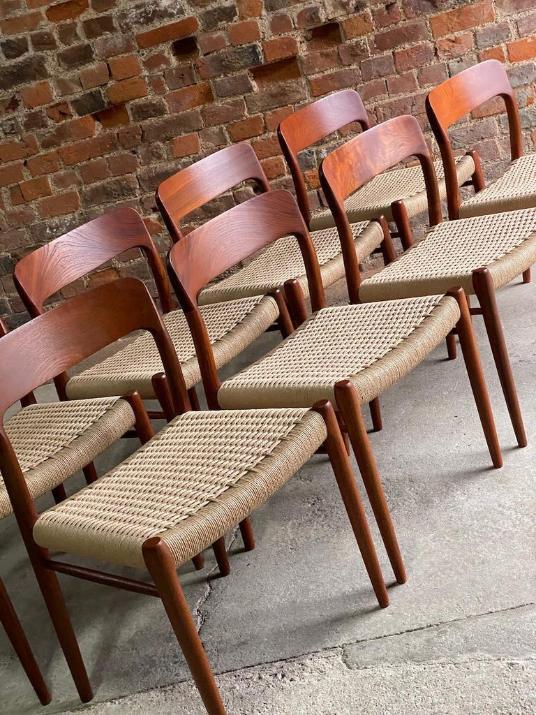 Moller Model 75 Dining Chairs Set of Eight in Teak and Paper Cord, 1970 In Excellent Condition In Longdon, Tewkesbury