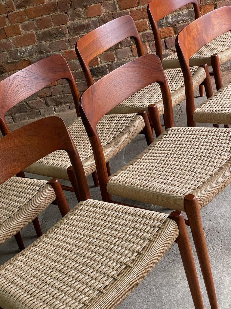 Moller Model 75 Dining Chairs Set of Eight in Teak and Paper Cord, 1970 3