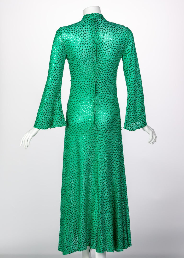 Mollie Parnis Emerald Green Mock Neck Sequin Dress, 1960s For Sale 1