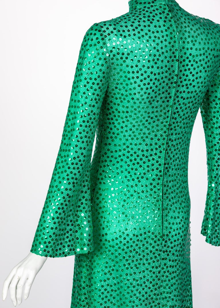 Mollie Parnis Emerald Green Mock Neck Sequin Dress, 1960s For Sale 3