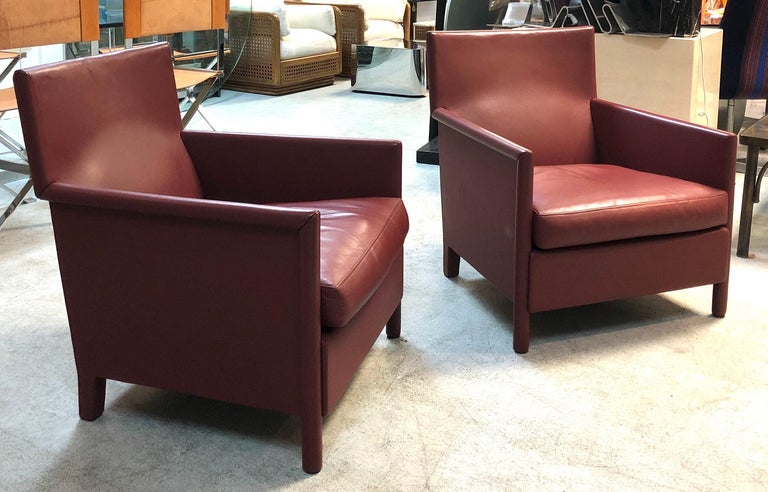 Molteni & C Red Leather Pair of Lounge Chairs In Good Condition For Sale In Miami, FL
