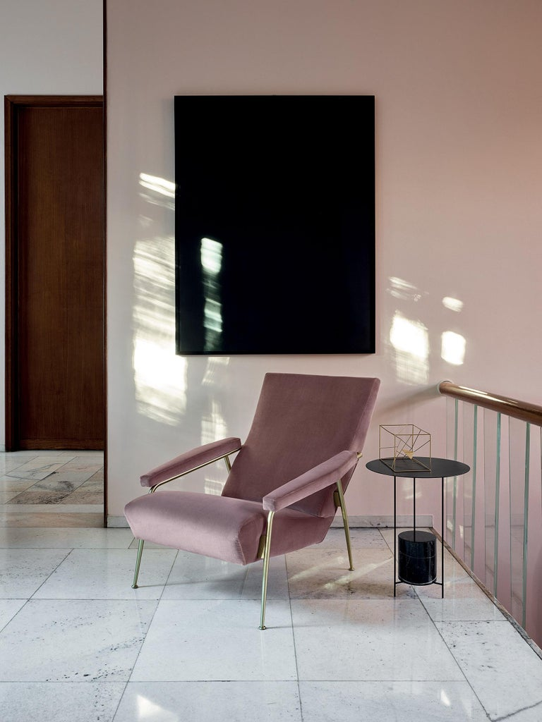 Molteni&C D.153.1 Armchair in Velvet by Gio Ponti In New Condition For Sale In New York, NY