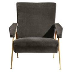 Molteni&C D.153.1 Armchair in Velvet by Gio Ponti