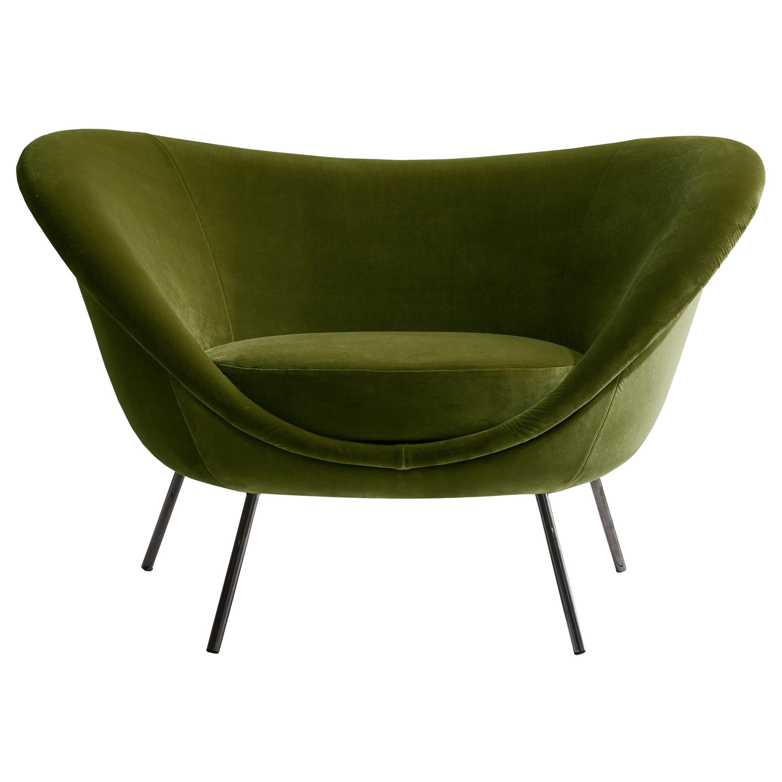 Molteni&C D.154.2 Armchair in Green Velvet by Gio Ponti