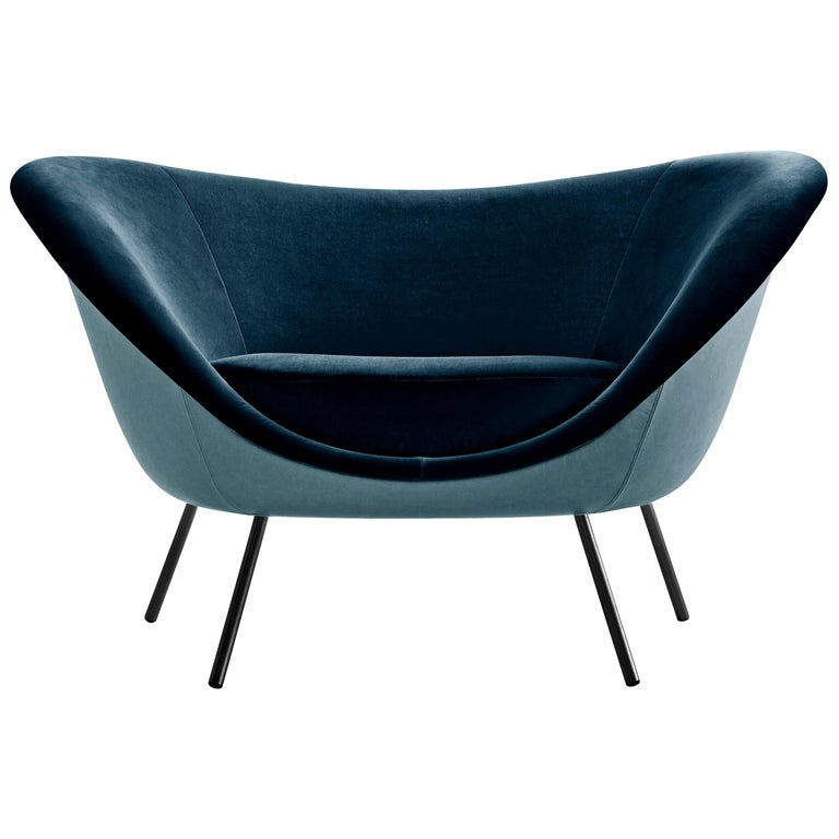 For Sale: Blue (L154+W6281_Blue) Molteni&C D.154.2 Armchair in Leather by Gio Ponti
