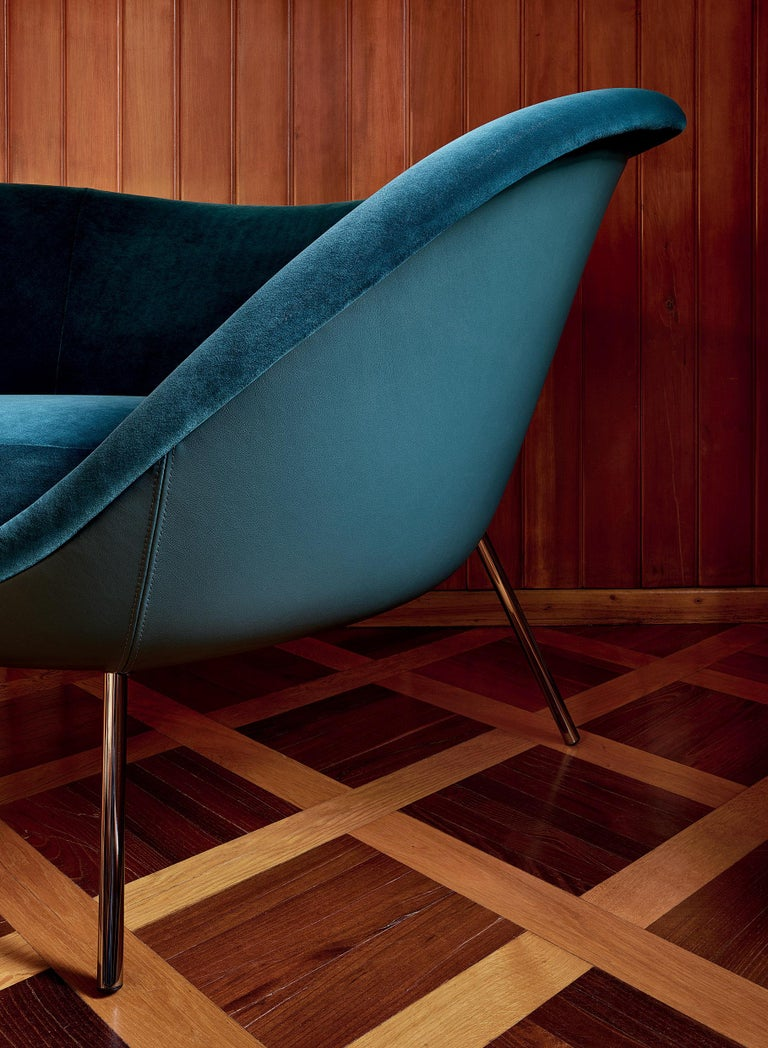 Modern Molteni&C D.154.2 Armchair in Velvet by Gio Ponti For Sale