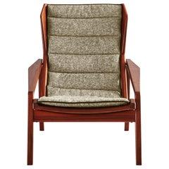 Molteni&C D.156.3 Armchair in American Walnut Frame & Beige Chenille, Gio Ponti