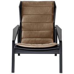 Molteni&C D.156.3 Armchair in Glossy Black Lacquered Wood and Linen by Gio Ponti