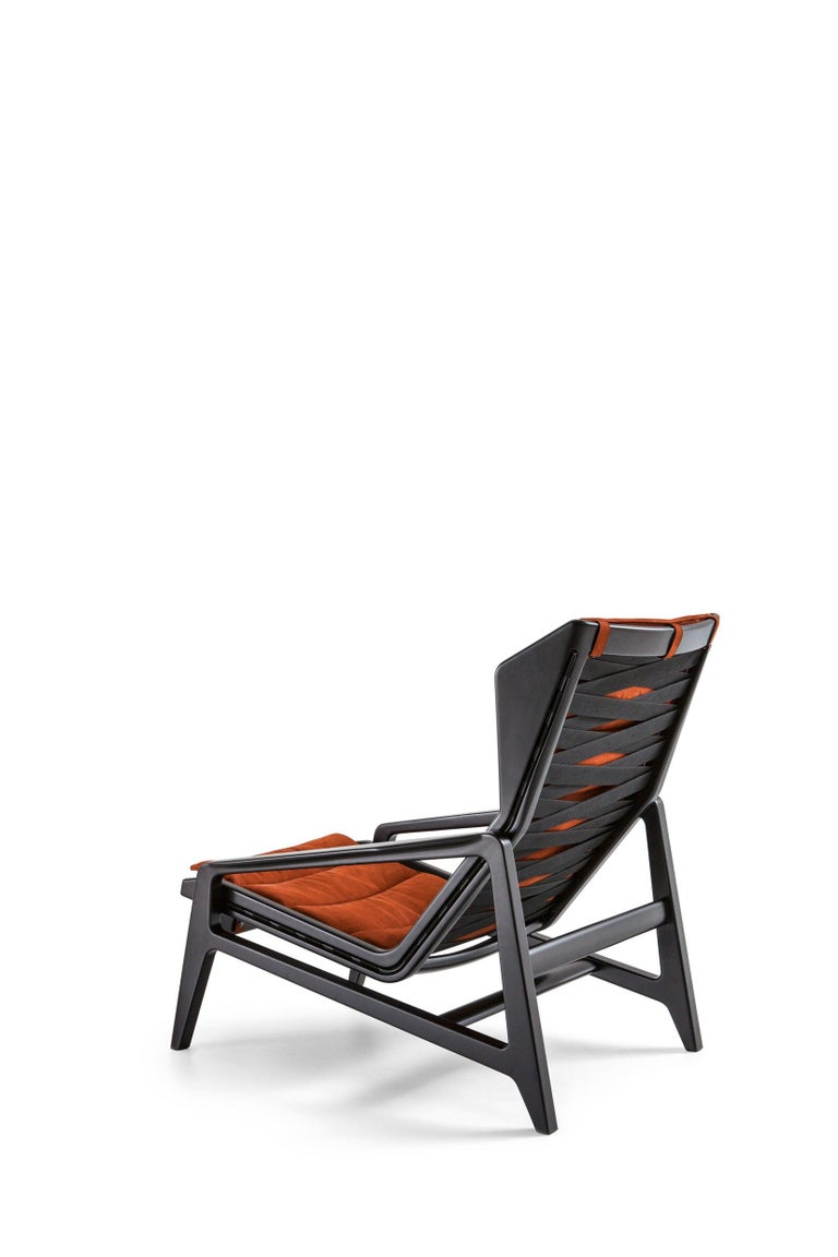 Italian Molteni&C D.156.3 Armchair in Glossy Black Wood & Rust Leather by Gio Ponti For Sale