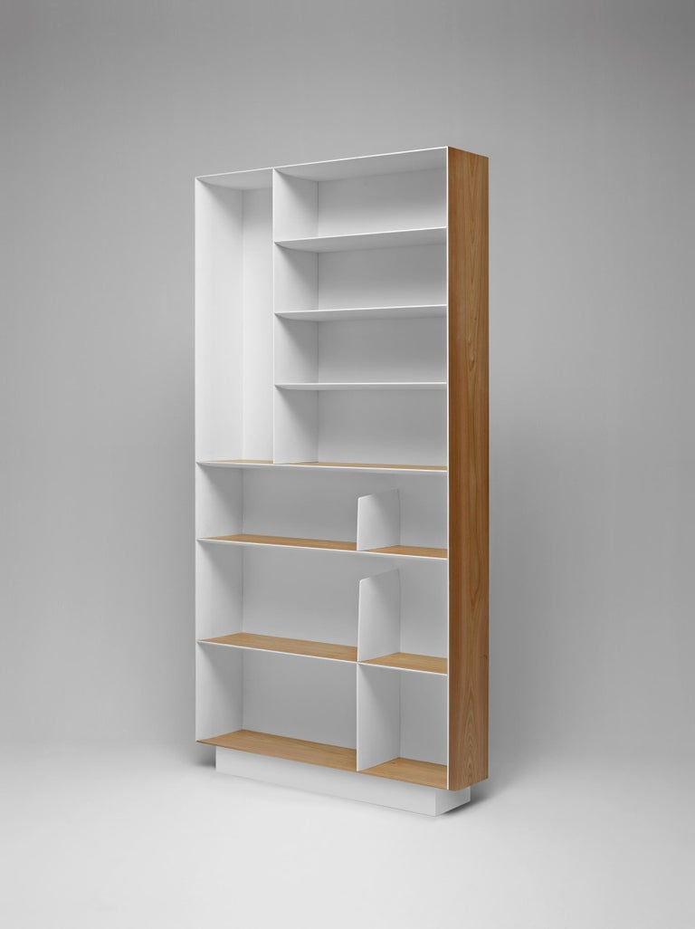 Modern Molteni&C D.357.1 Bookcase in Hand Painted White by Gio Ponti For Sale