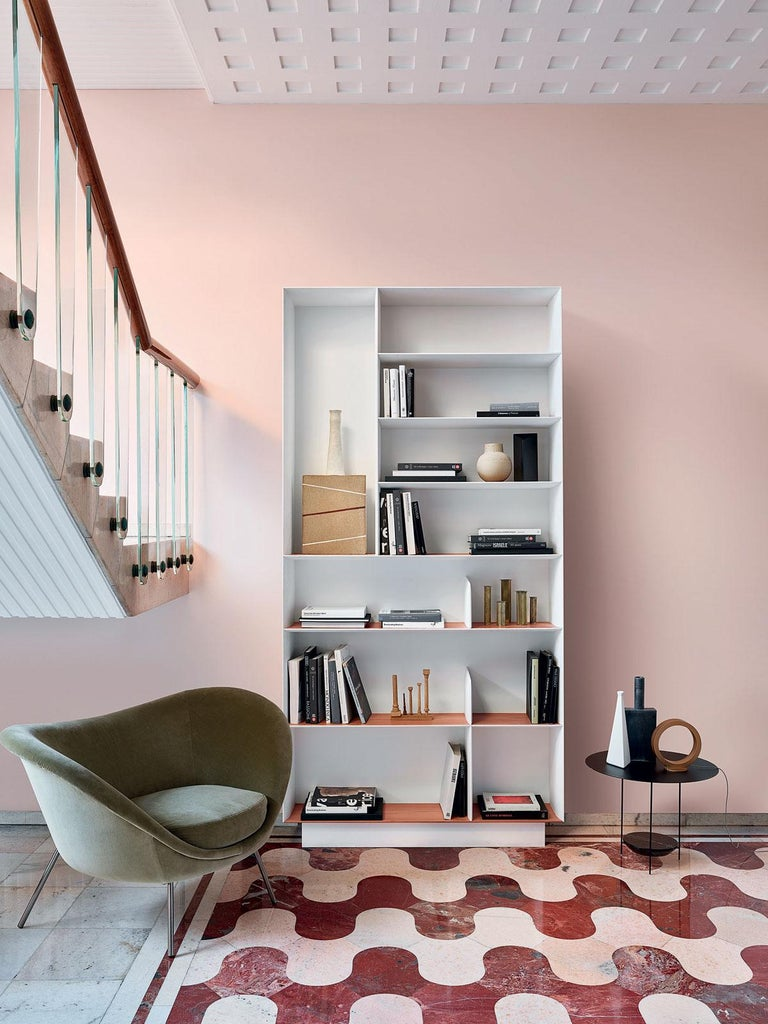 Molteni&C D.357.1 Bookcase in Hand Painted White by Gio Ponti In New Condition For Sale In New York, NY