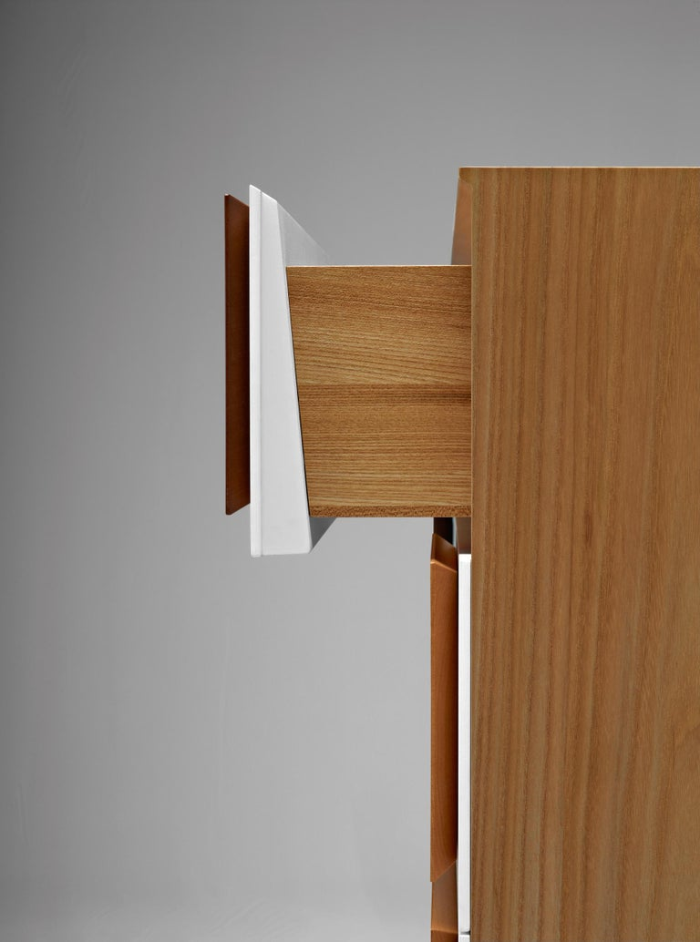 Hand-Crafted Molteni&C D.655.2 Small Chest of Drawers in Italian Walnut by Gio Ponti For Sale