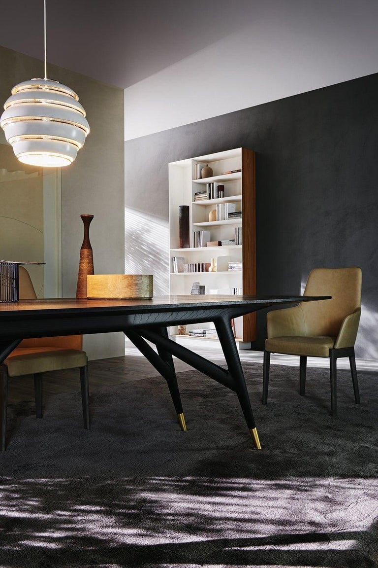 Contemporary Molteni&C D.859.1A Dining or Conference Table in Natural Ash Wood by Gio Ponti For Sale
