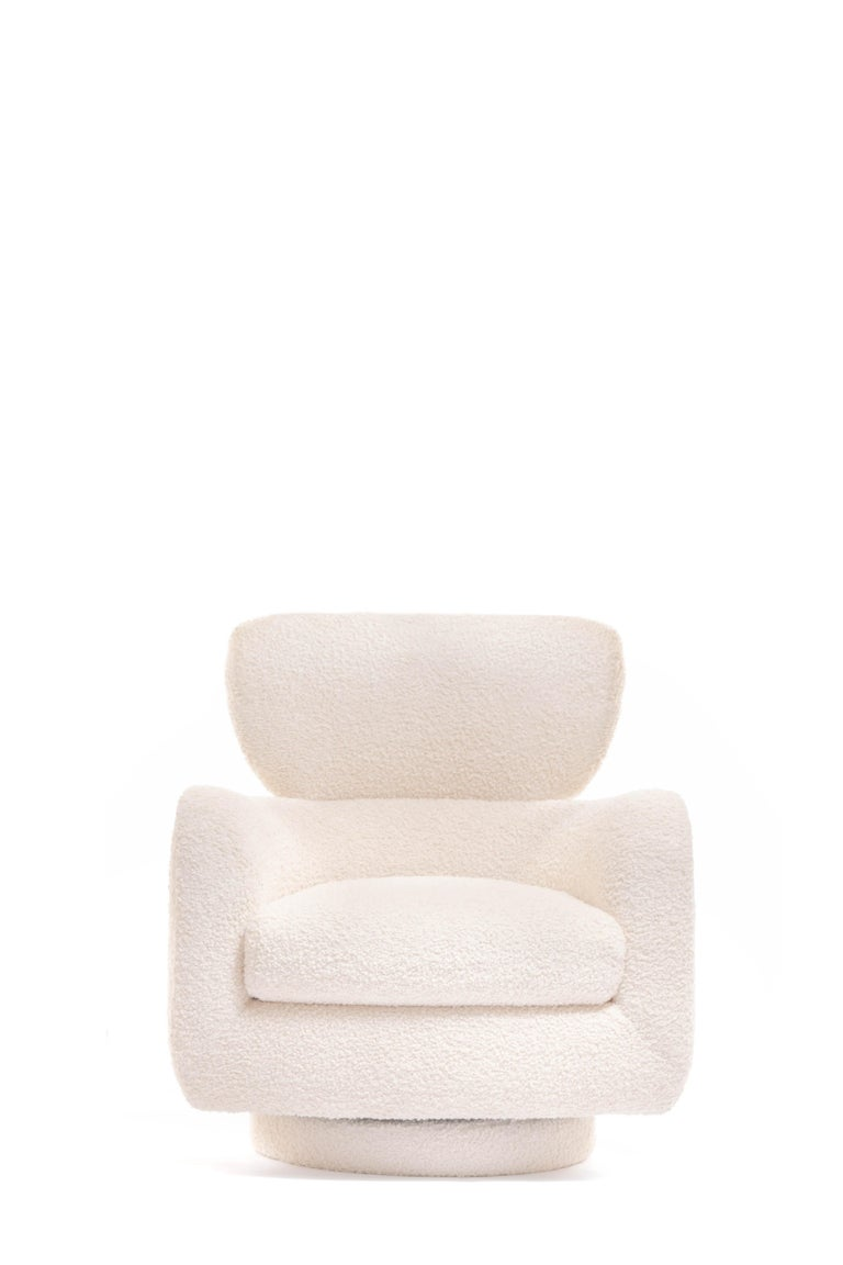 Late 20th Century Mom & Pop Pair Vladimir Kagan Wingback Swivel Chairs & Ottomans in Ivory Bouclé For Sale