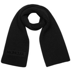 Moncler Unisex Black Wool Ribbed Knit Scarf w/ Velvet Logo Patch rt. $685