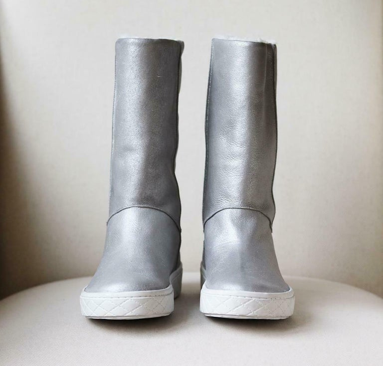 Gray Moncler Faux Shearling Lined Leather Boots For Sale