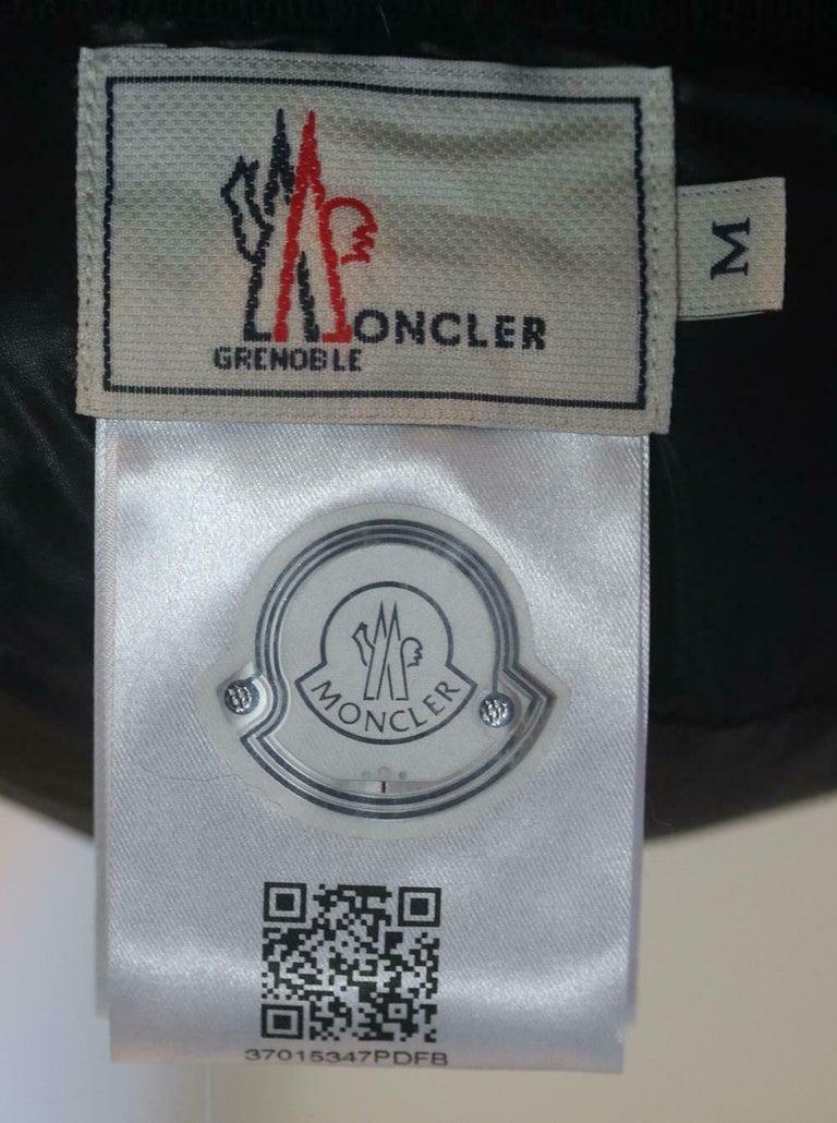 Moncler Grenoble Fox Fur Trimmed Trapper Hat In Excellent Condition For Sale In London, GB