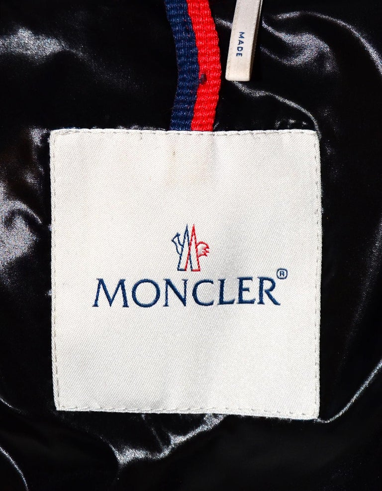 Moncler Grey Ratel Astrakhan Print Zip Front Puffer Jacket Sz 1/Small In Excellent Condition For Sale In New York, NY