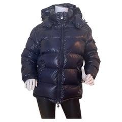 Moncler Men's Night Blue Down Maya Puffer Jacket sz 2/US Medium rt. $1,475