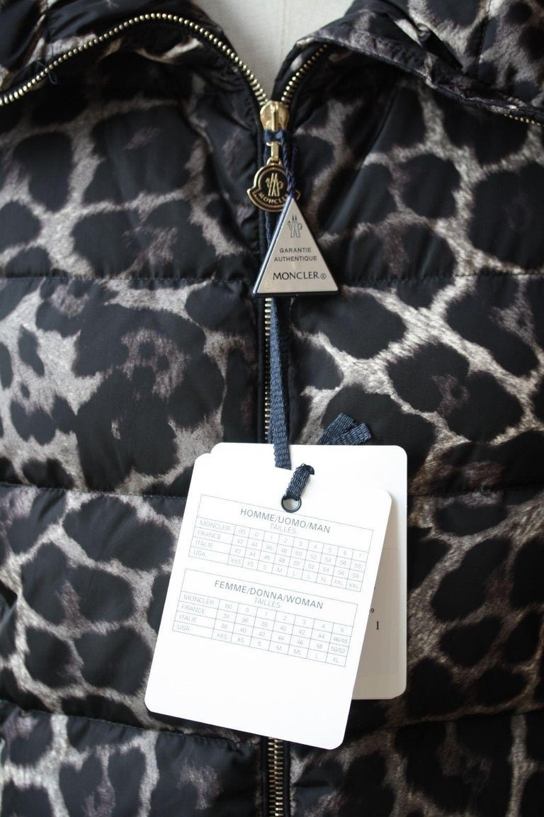 Moncler Torcelle Leopard-Print Puffer Jacket  In New Condition In London, GB