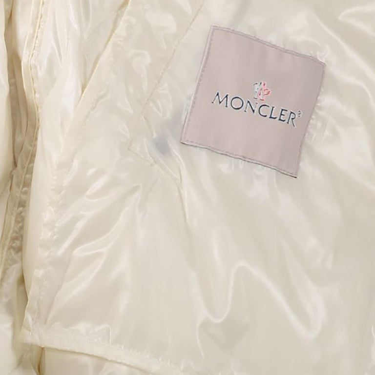 Moncler White Bouregreg Faux-shearling Overlay Quilted Coat - Size 0 In Excellent Condition For Sale In Antwerp, BE