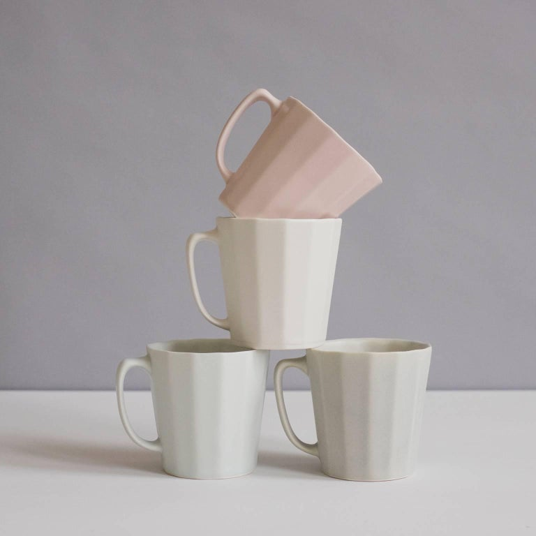 Mid-Century Modern Monday Mug Matte Black Set of Four Coffee Mug Contemporary Glazed Porcelain For Sale
