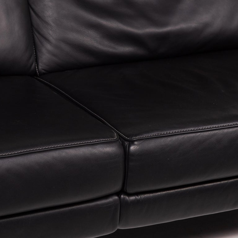 European Mondo Leather Sofa Black Three-Seat Electrical Function Relaxation Function For Sale