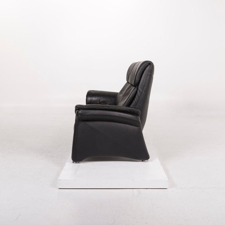 Mondo Leather Sofa Black Two-Seat Couch For Sale 3