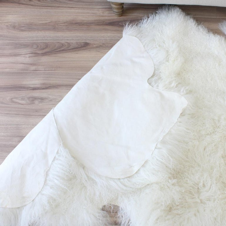 Hand-Crafted Mongolian Fur Throw Rug, Mongolian Sheepskin in Natural White For Sale