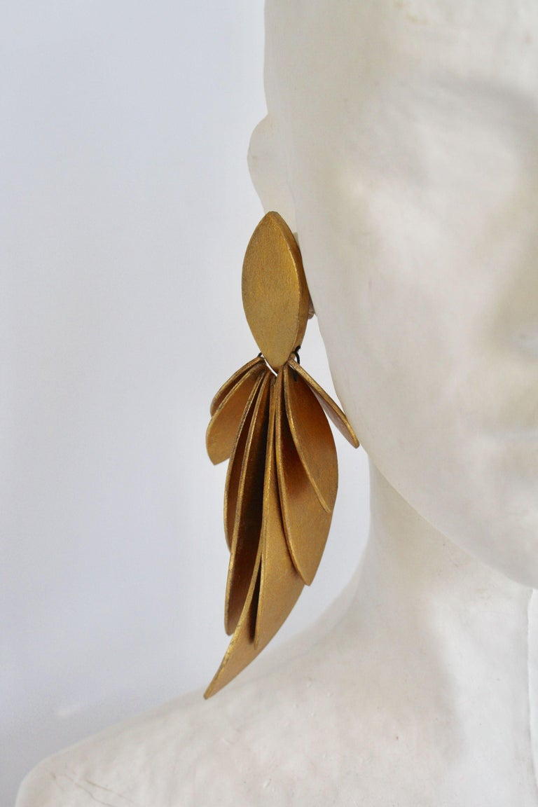 Women's Monies Gold Leaf and Ebony Wood Statement Clips For Sale
