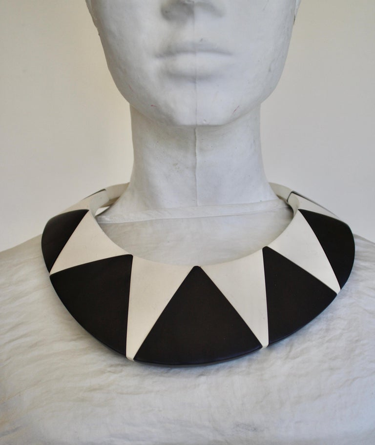 Women's Monies Wood and Polyester Geometric Necklace For Sale