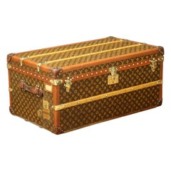 Monogram Louis Vuitton Trunk