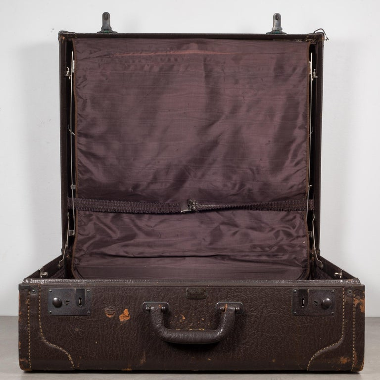 Monogrammed Leather Luggage, circa 1940 For Sale 1