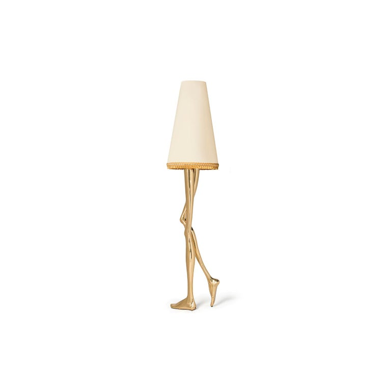 21st Century Monroe Floor Lamp Polished Brass Cast, Lampshade with Tassel Fringe In New Condition For Sale In Oporto, PT