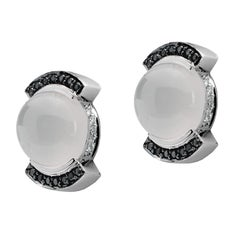 Monseo White Gold Moonstone Cabochon and Diamonds Clip-On Earrings