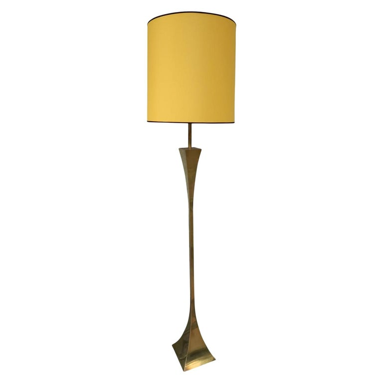 Montagna Grillo, Mod. Pyramid, Brass Midcentury Floor Lamp, Italy, 1970 For Sale