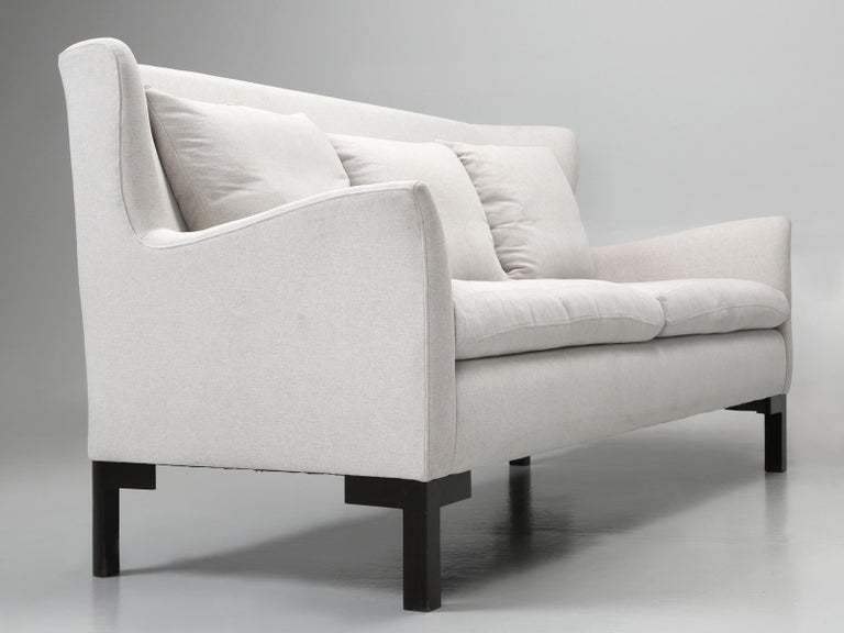 Montauk Sofa Handmade in Montreal, Canada For Sale 5