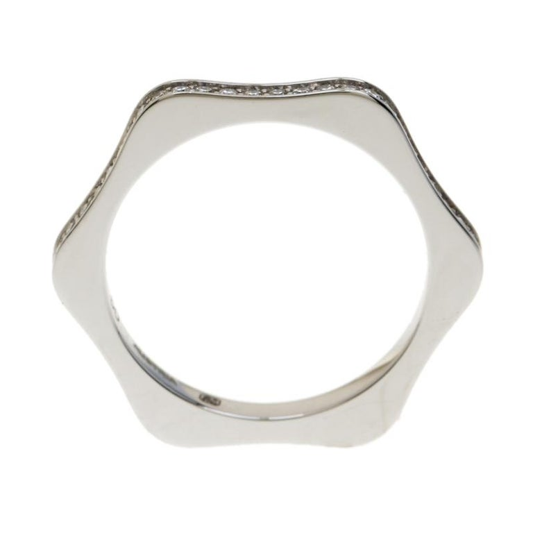 Montblanc 4810 Star Diamond 18k White Gold Band Ring Size 50 In Good Condition For Sale In Dubai, Al Qouz 2