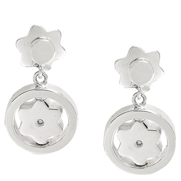 Montblanc Star Signet Collection Silver Dangle Stud Earrings In New Condition For Sale In Dubai, Al Qouz 2