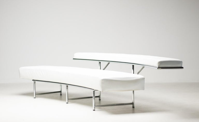 French Monte Carlo Sofa in White Leather by Eileen Gray For Sale