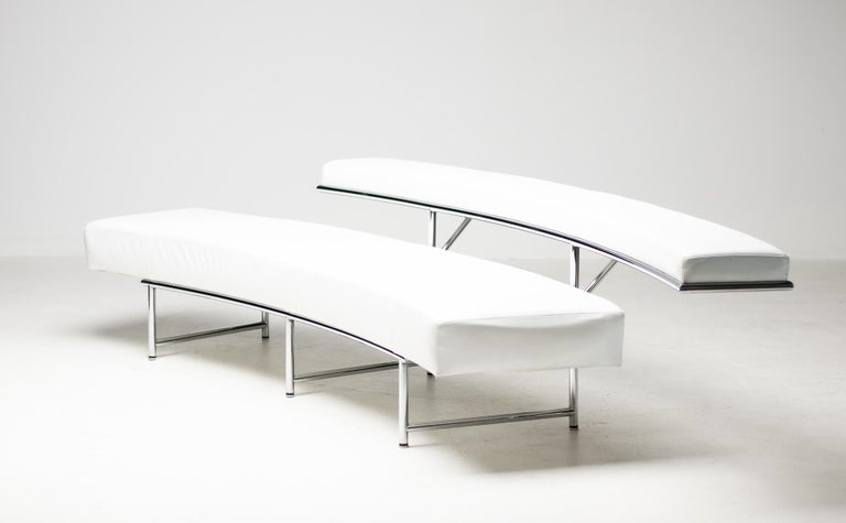 Monte Carlo Sofa in White Leather by Eileen Gray In Good Condition For Sale In Dronten, NL