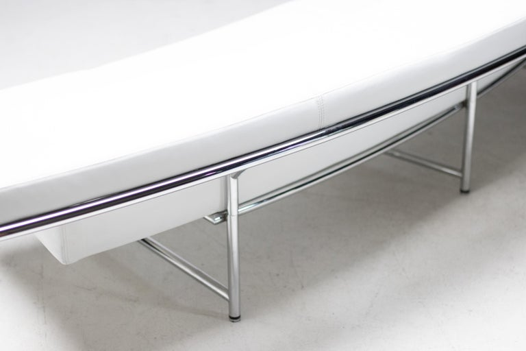 Monte Carlo Sofa in White Leather by Eileen Gray For Sale 2