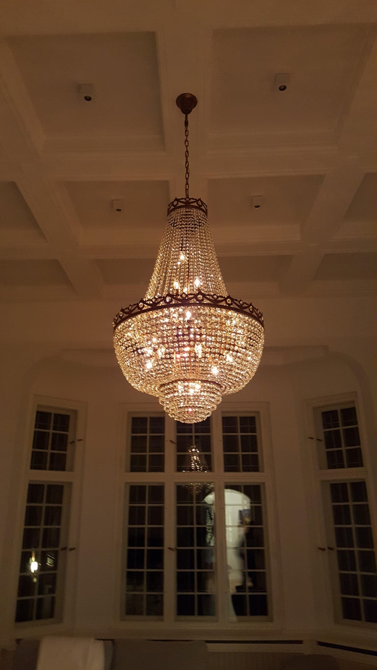 Hand-Carved Montgolfiè Antique Lok Crystal Chandelier Empire Sac a Pearl Lamp Chateau Lustre For Sale