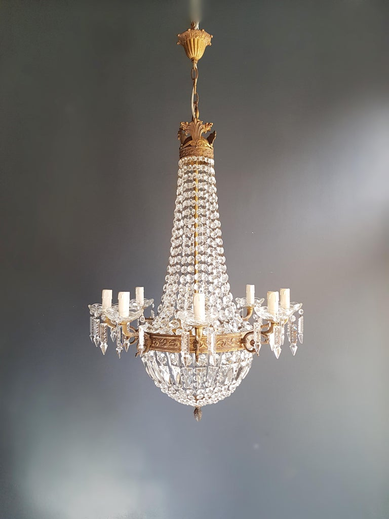 Cabling and sockets completely renewed. Crystal hand knotted
